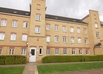 Thumbnail 2 bed flat to rent in Gidea Park, Romford