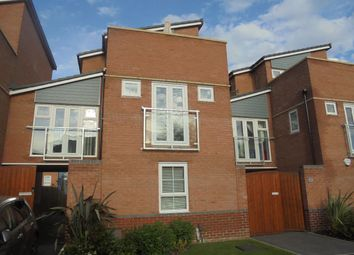 4 bed terraced house to rent in The Moorings, Coventry CV1