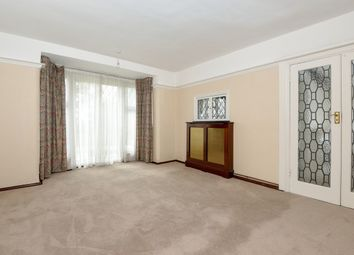 Thumbnail 4 bed property to rent in New Forest Lane, Chigwell