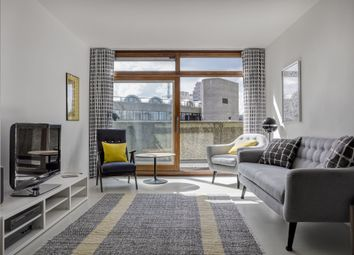 Thumbnail 2 bed flat to rent in Barbican, London