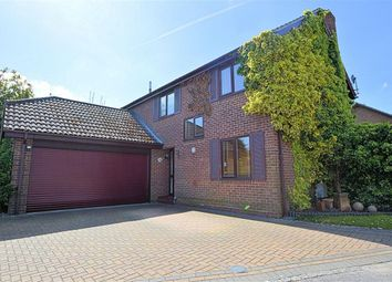 Thumbnail 5 bed detached house for sale in Kennet Place, Burghfield Common, Reading
