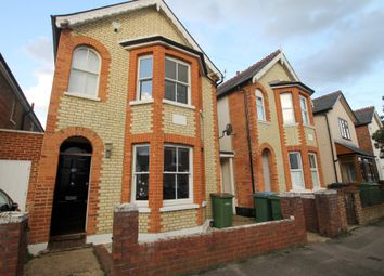 Thumbnail 3 bed detached house to rent in Oakdale Road, Weybridge