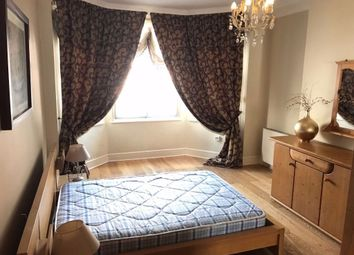 Thumbnail 3 bedroom flat to rent in Earsby Street, Kensington