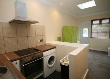 Thumbnail Studio to rent in Bennett Road, Chadwell Heath