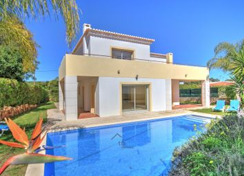 Thumbnail 4 bed villa for sale in Mexilhoeira Grande, Algarve, Portugal