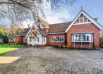 4 bed bungalow for sale in Northdown Close, Penenden Heath, Maidstone, Kent ME14