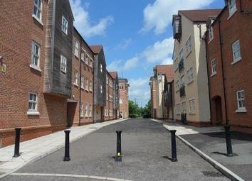 Thumbnail 2 bed flat to rent in Waterford Gate, Pine Street, Aylesbury