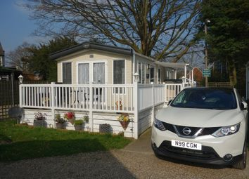 Thumbnail 2 bedroom mobile/park home for sale in Pine Drive, Carlton Manor Park, Chapel Road