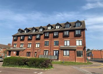 2 bed flat for sale in Rectory Road, Rushden NN10