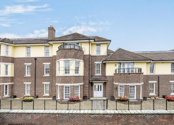 Thumbnail 3 bed flat to rent in Brent Street, Hendon