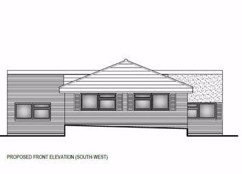 2 bed bungalow for sale in Burnett Park, Harlow, Essex CM19