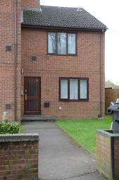 Thumbnail 1 bed flat to rent in The Lawns, Old Bath Road, Slough