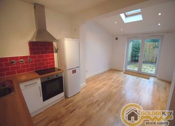 Thumbnail 2 bed flat to rent in Cornwall Avenue, Finchley