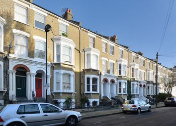 Thumbnail Studio to rent in Tabley Road, London