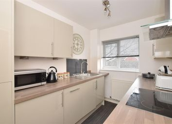 Thumbnail 2 bed flat for sale in Upper Heyshott, Petersfield, Hampshire
