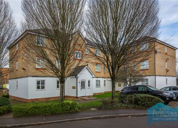 Thumbnail 2 bedroom flat for sale in Clarence Close, Barnet, Hertfordshire
