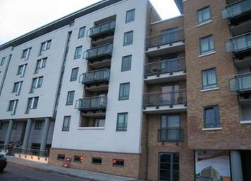 Eluna Apartments, 4 Wapping Lane, Tower Hill, Wapping, London E1W. 2 bed flat