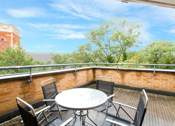 Thumbnail 1 bed flat for sale in Buxhall Crescent, Homerton