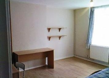 Thumbnail 5 bed flat to rent in Old Castle Street, Aldgate East/Liverpool Street