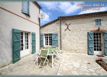 Thumbnail 5 bed property for sale in Aquitaine, Lot-Et-Garonne, Laroque Timbaut