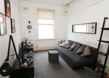 Thumbnail 1 bed flat to rent in Crouch Hill, Islington, London