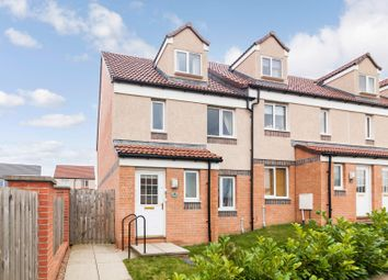 4 bed town house for sale in 30 Regulus Street, Dunfermline KY11