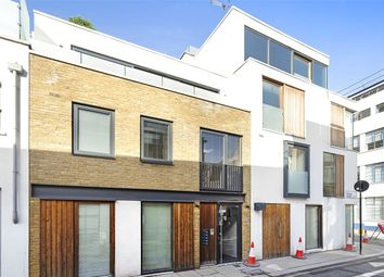 King's Mews, London WC1N. 2 bed flat
