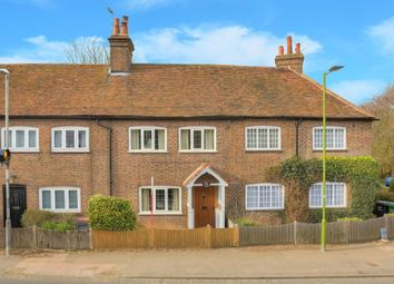 Thumbnail 2 bedroom terraced house for sale in Hatching Green, Harpenden