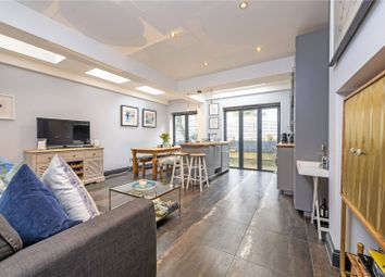 Bowood Road, London SW11. 2 bed flat for sale