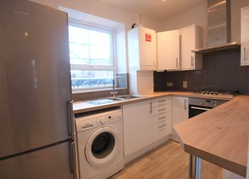 Thumbnail 4 bed flat to rent in Brecknock Road, Tufnell Park