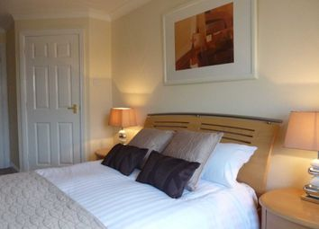 Thumbnail 2 bed flat to rent in Chapel Road, Redhill