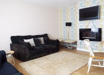 Thumbnail Room to rent in St. James Lane, Coventry