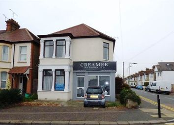Thumbnail 1 bed flat to rent in Hamstel Road, Southend On Sea
