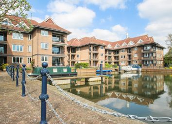 Thumbnail 2 bedroom flat to rent in The Eights Marina, Mariners Way, Cambridge