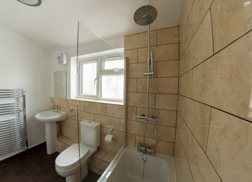 Thumbnail 5 bedroom terraced house to rent in Crownfield Road, Stratford