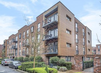 2 bed flat for sale in Howard Road, Stanmore HA7