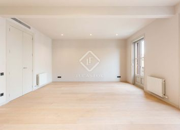 Thumbnail 3 bed apartment for sale in Spain, Barcelona, Barcelona City, Eixample Right, Bcn15281