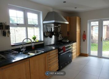 Room to rent in Victoria Road, London N22