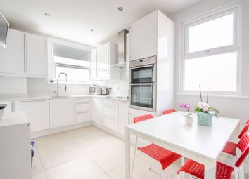 Thumbnail 3 bed flat to rent in Grange Avenue, North Finchley