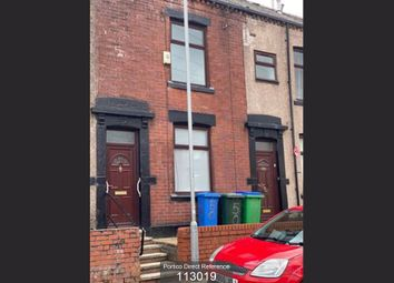 3 bed terraced house to rent in Crown Street, Rochdale OL16