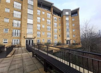2 bed flat to rent in Middlewood Street, Salford M5