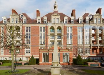 Thumbnail 3 bedroom flat to rent in Gainsborough House, Frognal Rise, Hampstead, London