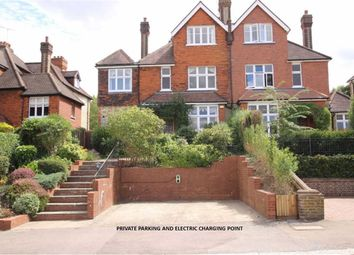 Thumbnail 5 bed property for sale in Crescent West, Hadley Wood, Hertfordshire
