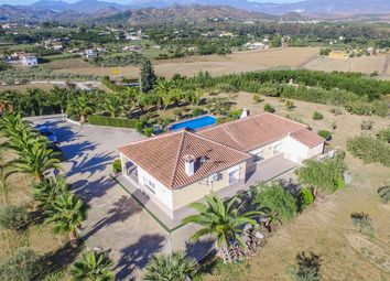 Thumbnail 3 bed country house for sale in Coin, Málaga, Spain