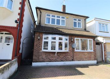 3 bed detached house for sale in Nutfield Gardens, Ilford, Essex IG3