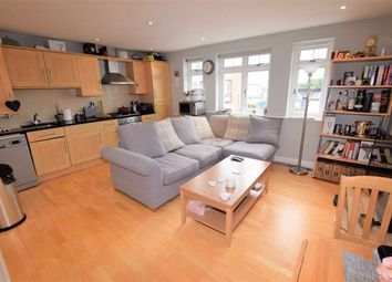 Thumbnail 2 bedroom flat for sale in Long Lane, Finchley, London