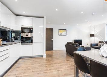 Thumbnail 3 bed flat to rent in Kew Bridge Road, London