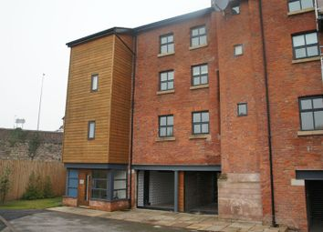 Thumbnail 1 bed flat to rent in Stonehouse Green, Congleton
