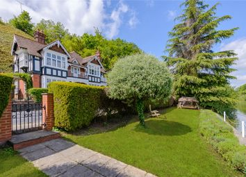 Thumbnail 5 bed detached house for sale in Shooters Hill, Pangbourne, Reading, Berkshire