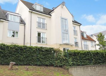 Thumbnail 2 bedroom flat for sale in Summit Close, Kingswood, Bristol